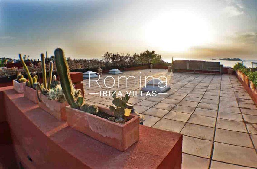 adosado ambra ibiza-1rooftop terrace sea view sunset