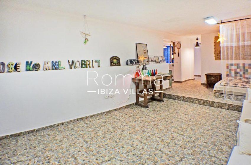 adosado ambra ibiza-3living room patio2