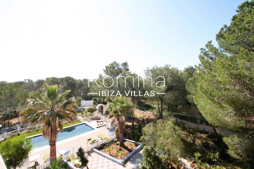 casa sur ibiza-2pool garden