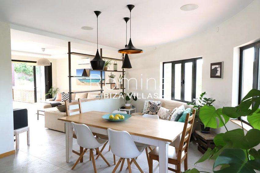 romina-ibiza-villas- rv-516-54-casa-lau-3zdining area