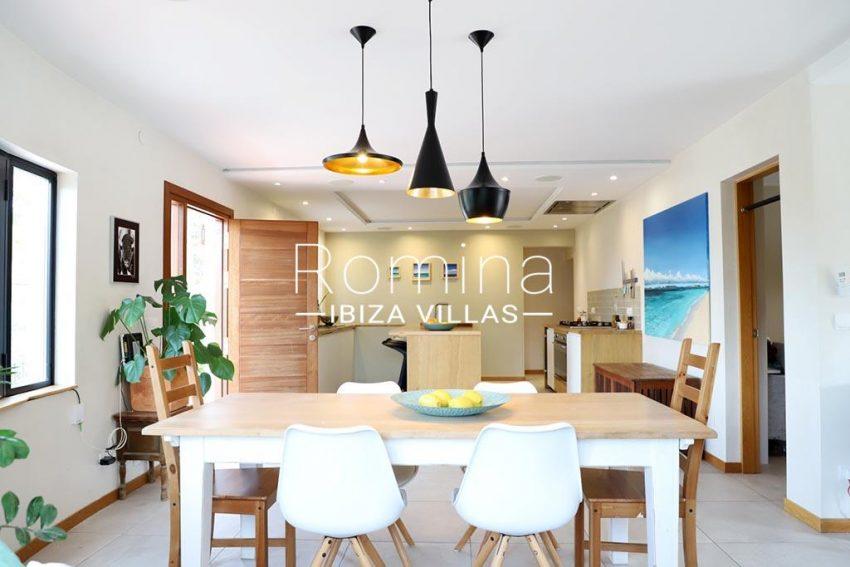 romina-ibiza-villas- rv-516-54-casa-lau-3zdining area kitchen