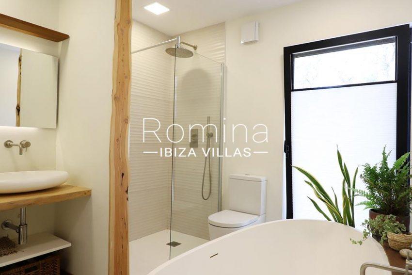 romina-ibiza-villas- rv-516-54-casa-lau-5bathroom