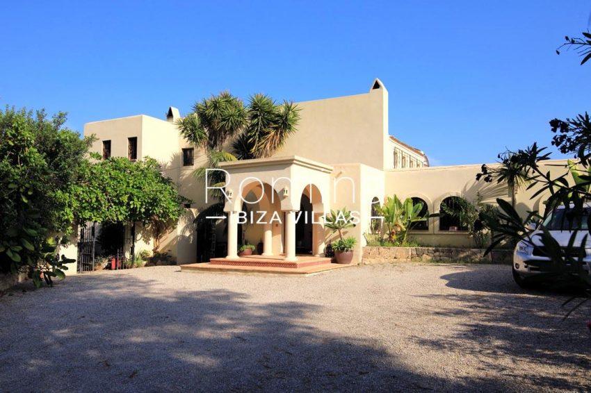 villa shanti ibiza-2entrance porch
