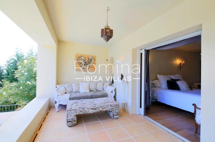 villa shanti ibiza-2terrace upstairs bedrooms