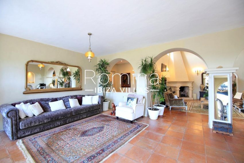 villa shanti ibiza-3living room