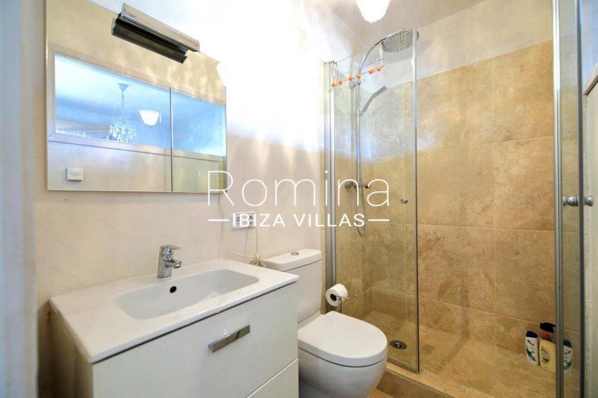 villa shanti ibiza-5shower room
