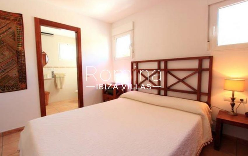 adosado nito ibiza-4master bedroom