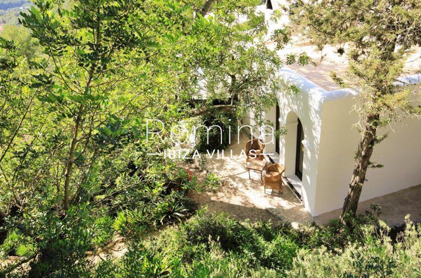 cana panera ibiza-2terrace garden