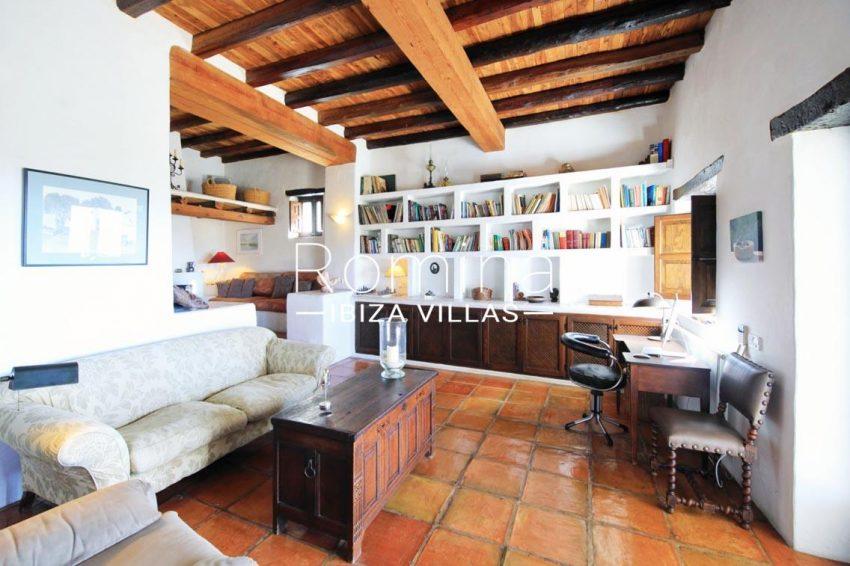 cana panera ibiza-3living room library