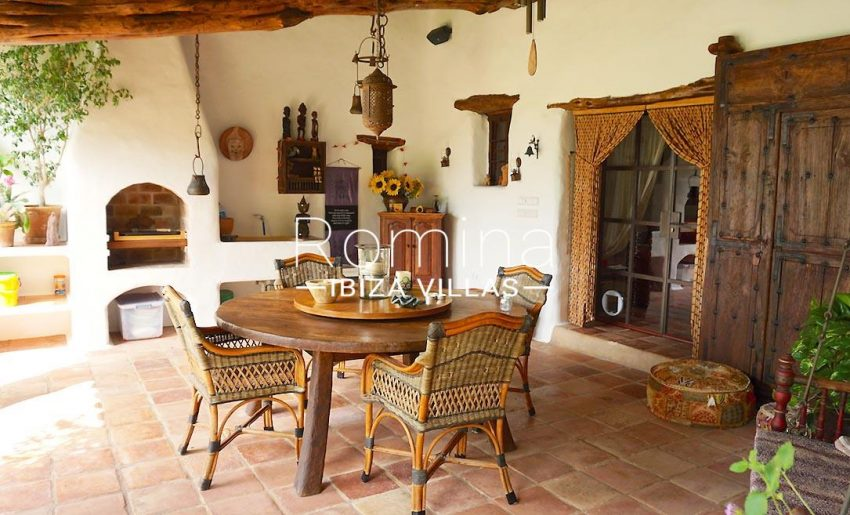 casa beryl ibiza-2porch dining area barbecue