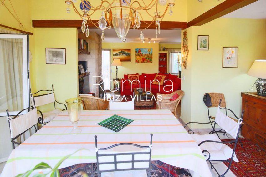 casa ciguena ibiza-3zdining room2