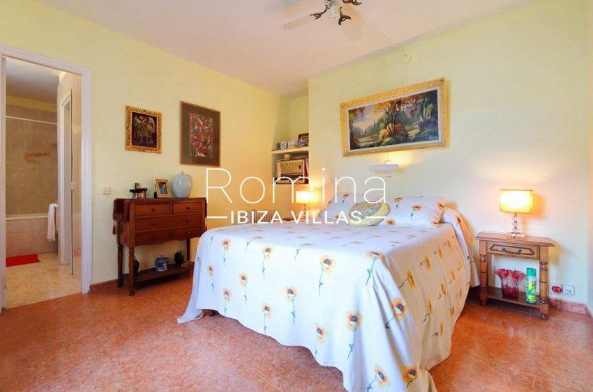 casa ciguena ibiza-4bedroom master