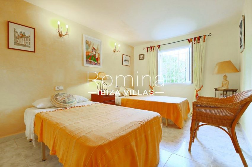 casa ciguena ibiza-4bedroom twin