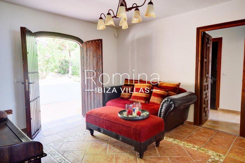 villa gio ibiza-3entrance sitting area2
