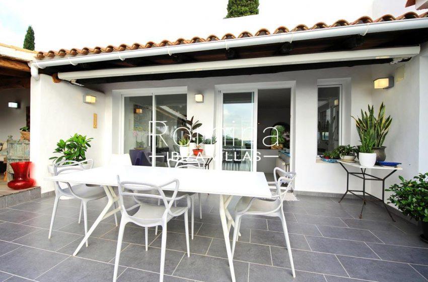 villa hibiscus ibiza-2terrace dining area