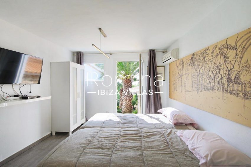 villa hibiscus ibiza-4bedroom garden