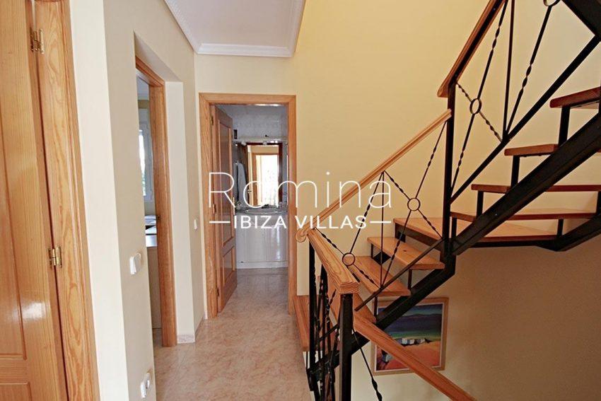 adosado villa ibiza-3staircase