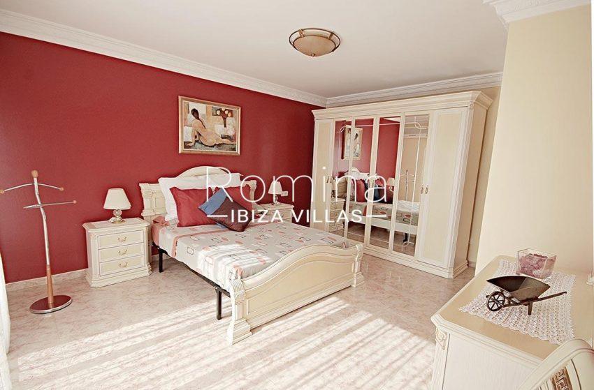 adosado villa ibiza-4bedroom master2