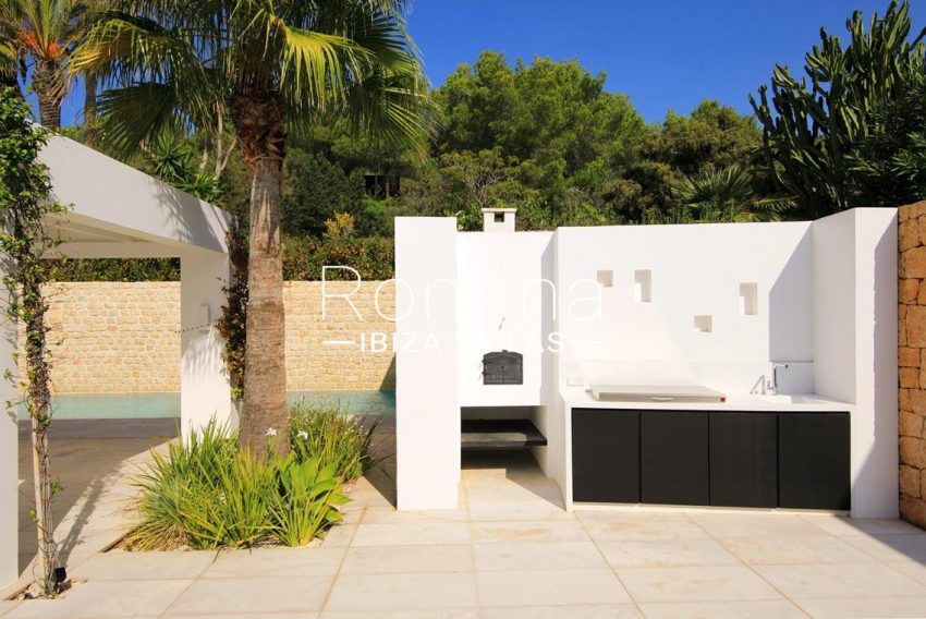 can antaeus ibiza-2outdoor kitchen