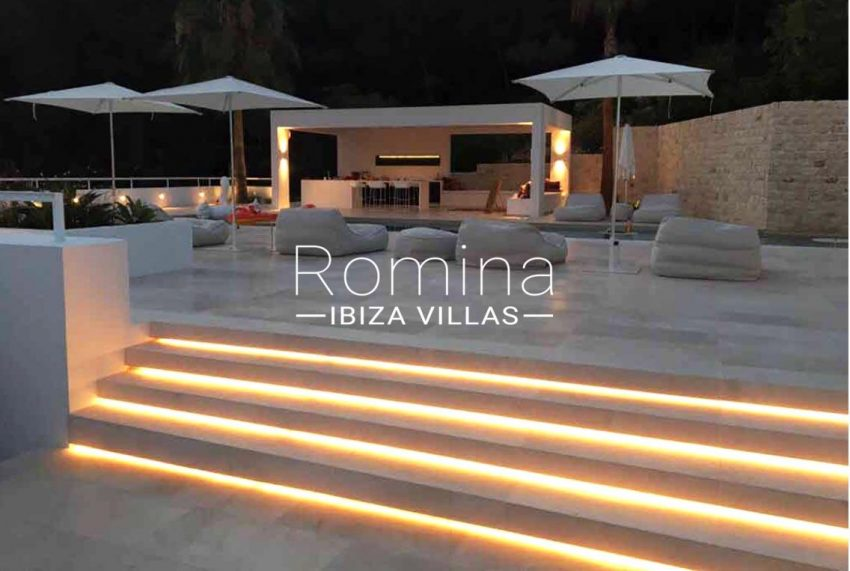 can antaeus ibiza-2pool house by night