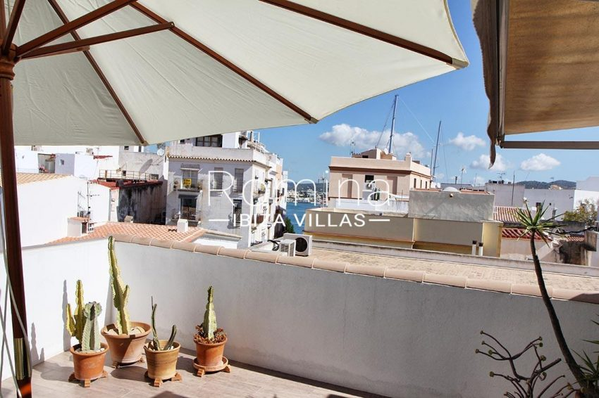 duplex mary ibiza-1terrace sea view