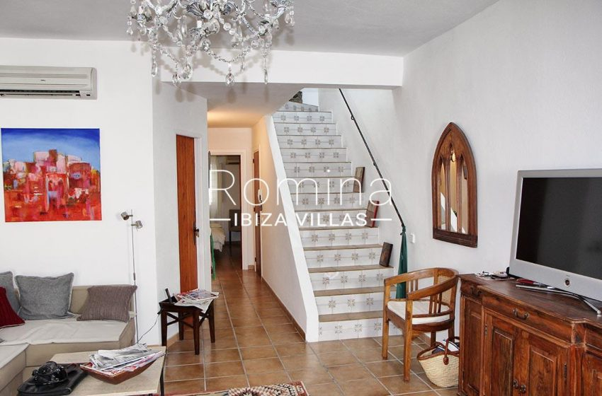 duplex mary ibiza-3living room stairs