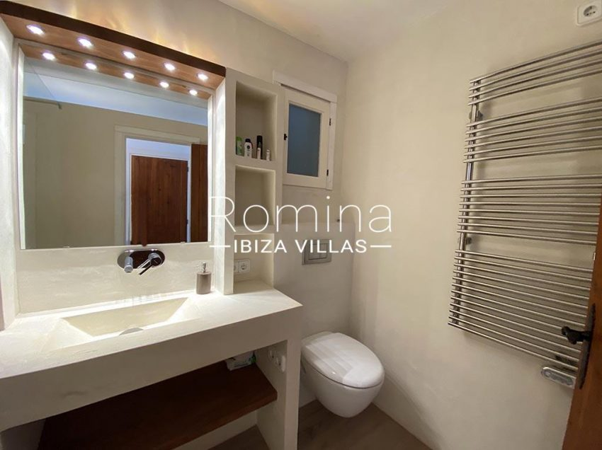 romina-ibiza-villas-rv-667-29-duplex-mary-5bathroom