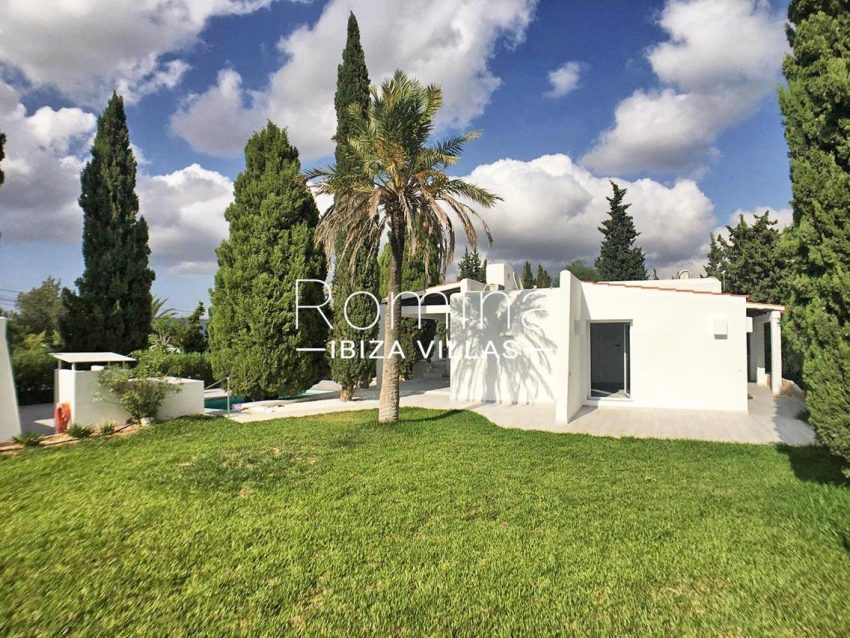 villa sally ibiza-2garden2