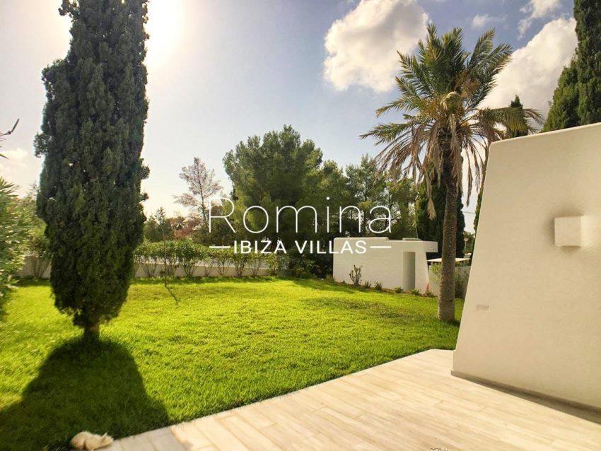 villa sally ibiza-2terrace garden