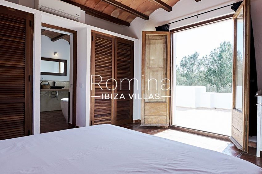 can ikar ibiza-4bedroom3bathroom
