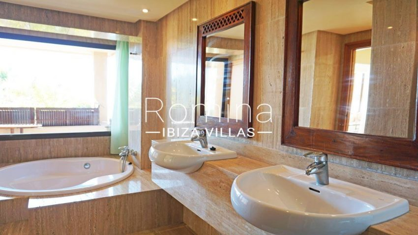 loft vedra ibiza-5bathroom