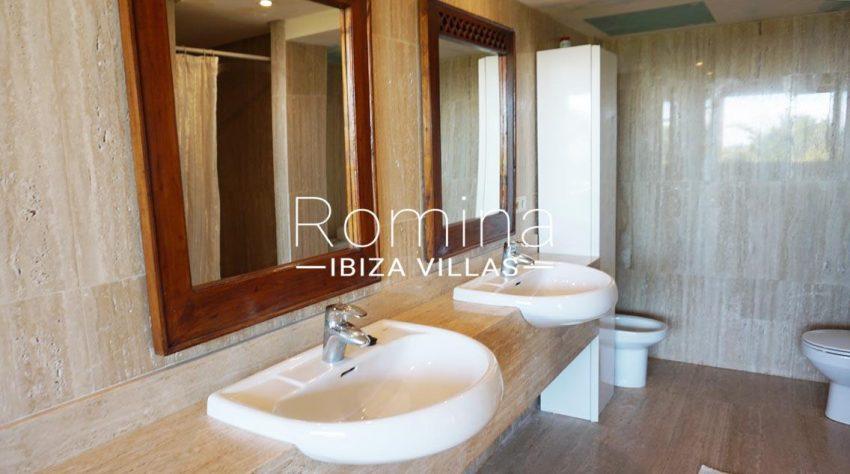 loft vedra ibiza-5sinks toilet