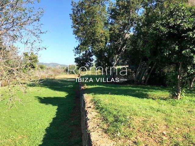 romina-ibiza-villas-rv-681-can-morna-2land terraces