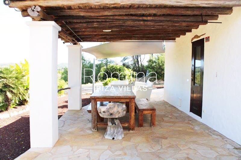 romina-ibiza-villas-rv-681-can-morna-2porch dining area