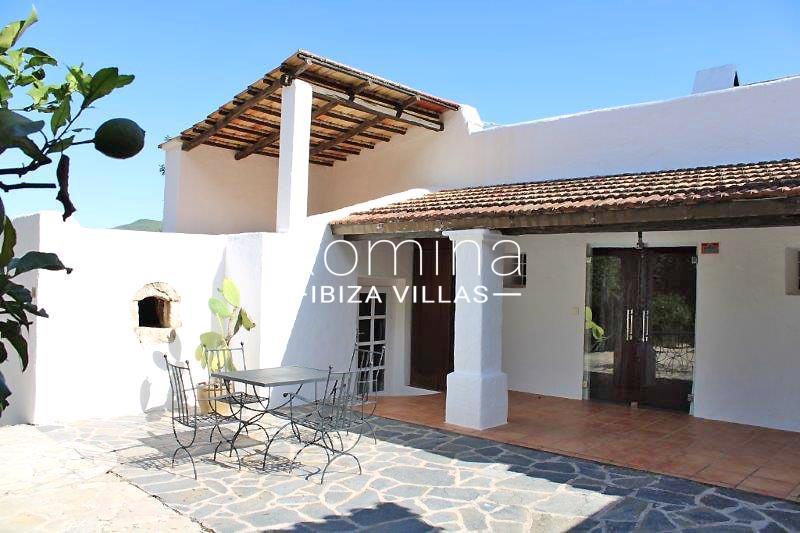 romina-ibiza-villas-rv-681-can-morna-2terrace porch2