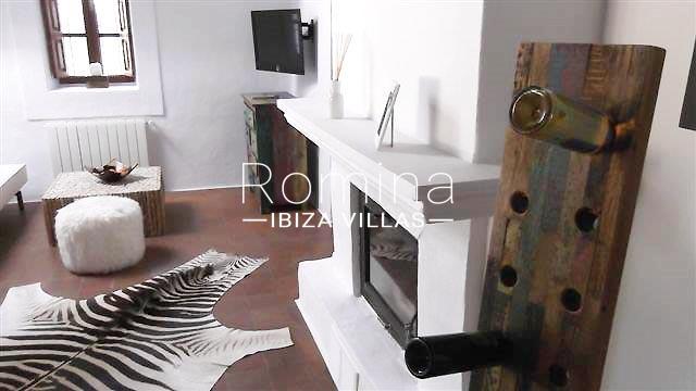 romina-ibiza-villas-rv-681-can-morna-3living room