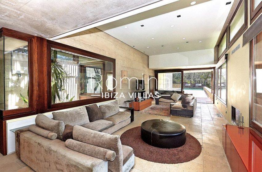 romina-ibiza-villas-villa-chamade-rv676-3living dining room2