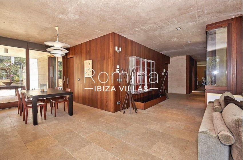 romina-ibiza-villas-villa-chamade-rv676-3zdining room2