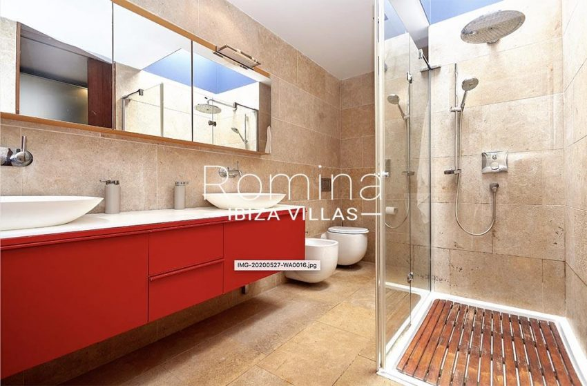 romina-ibiza-villas-villa-chamade-rv676-5shower room