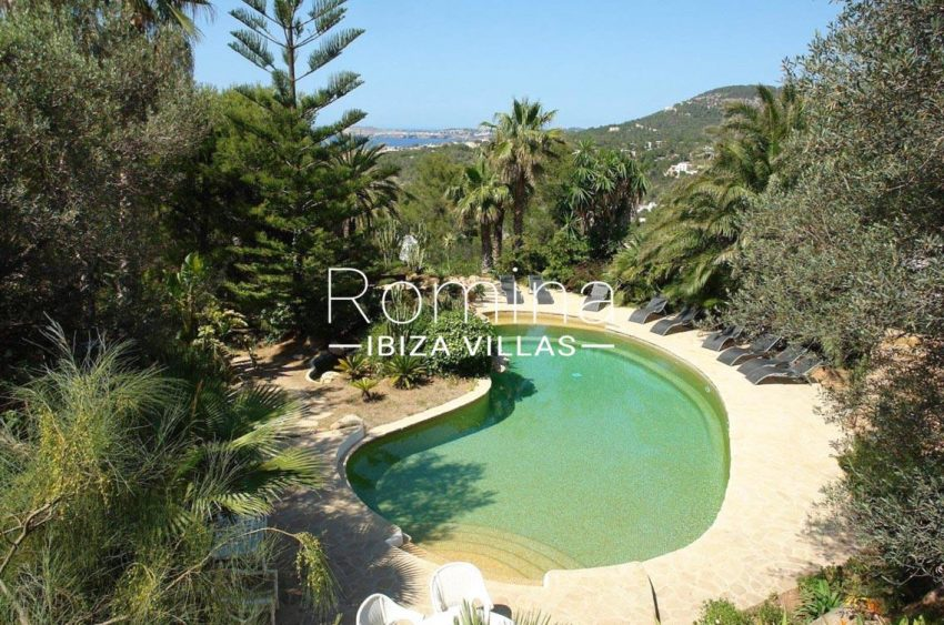 romina-ibiza-villas-villa-la pausa-rv669-1pool garden sea view