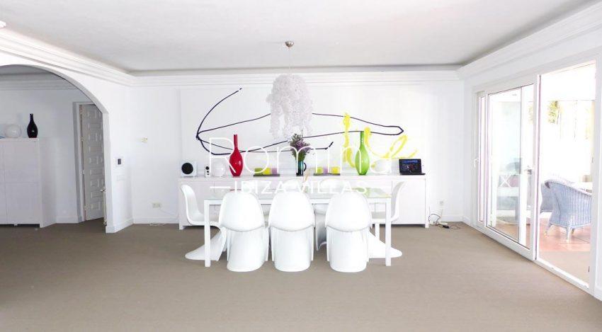 romina-ibiza-villas-villa-la pausa-rv669-3zdining room