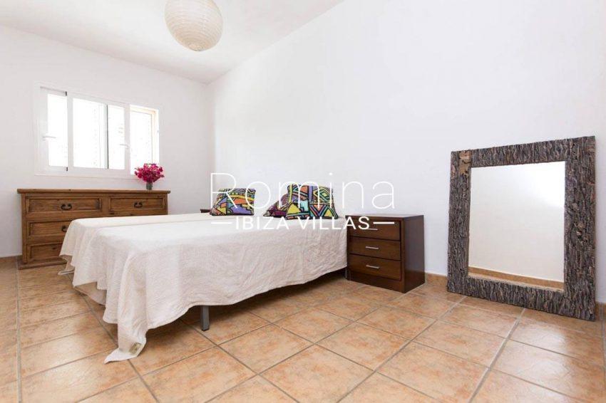 romina-ibiza-villas-casas-hiru-rv686-4bedroom twin