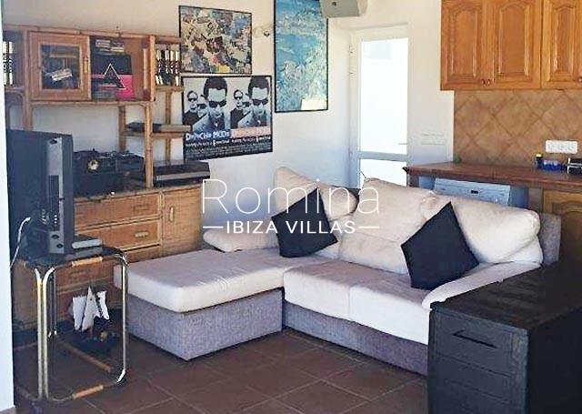 romina-ibiza-villas-rv694-villa-barana-2facade3living room2