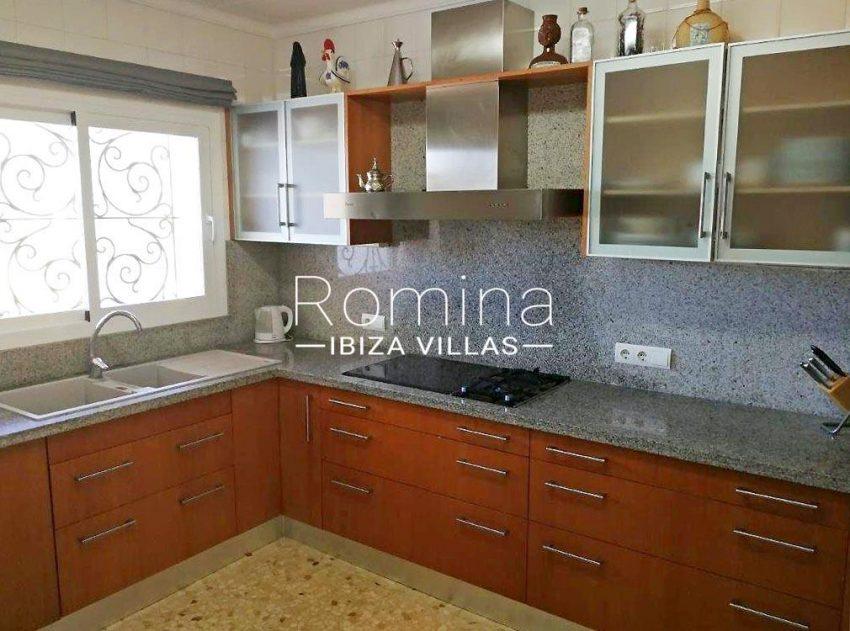 romina-ibiza-villas-rv694-villa-barana-3zkitchen