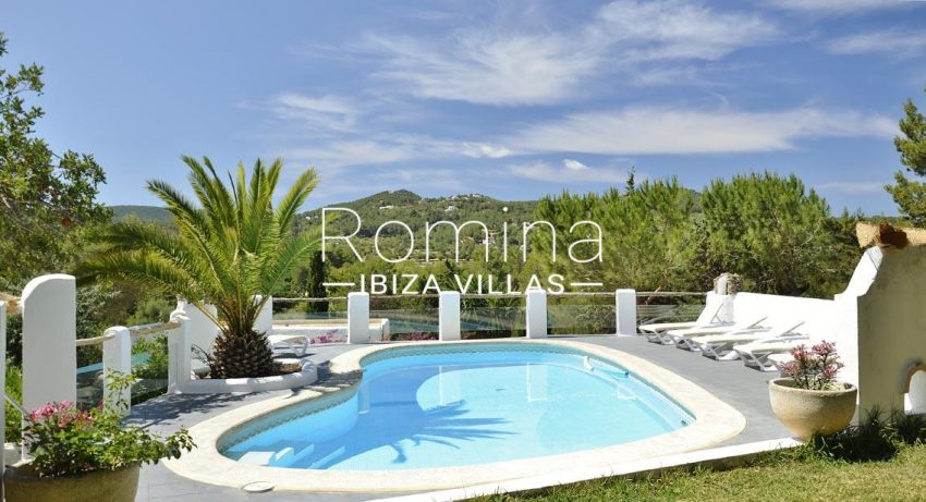 romina-ibiza-villas-rv695-can-joan-mari-2pool view hill