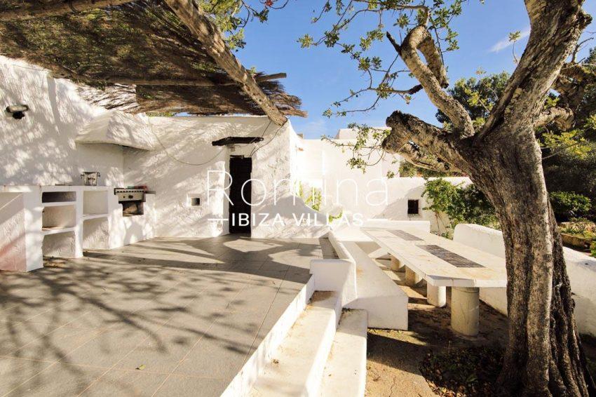 romina-ibiza-villas-rv695-can-joan-mari-2terrace outdoor kitchen dining area