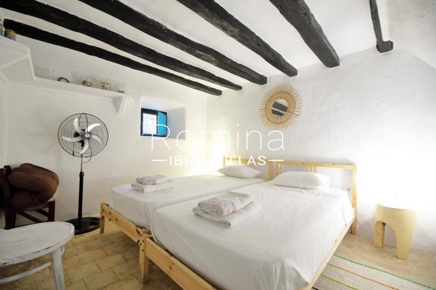 romina-ibiza-villas-rv695-can-joan-mari-4bedroom