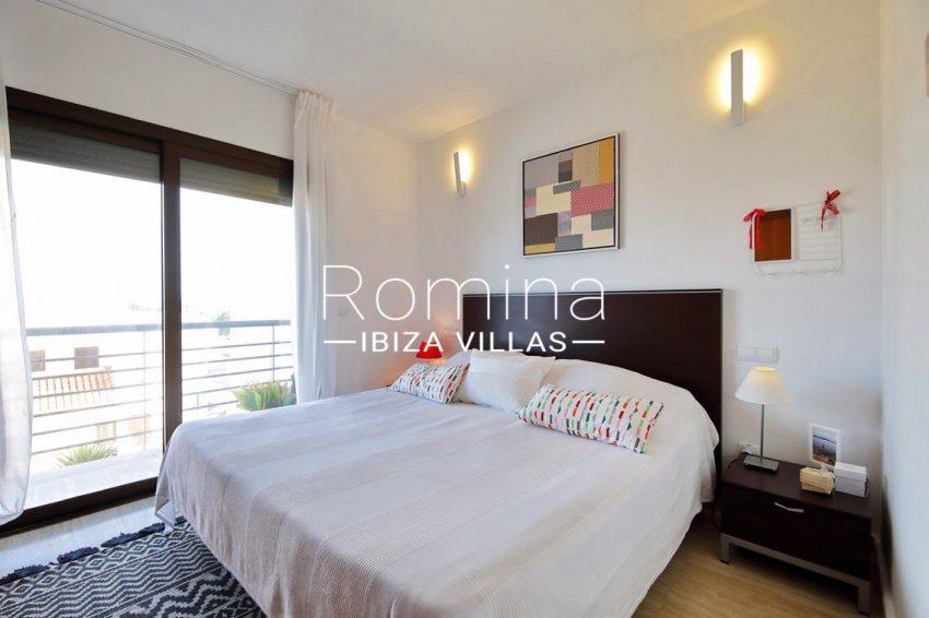 romina-ibiza-villas-rv698-adosado-pedrera-4bedroom