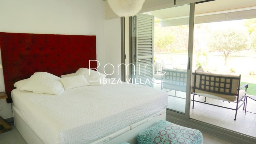 romina-ibiza-villas-rv-702-apto-berry-4bedroom3bis
