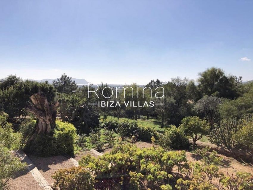romina-ibiza-villas-rv-710-can-anais-1garden sea view